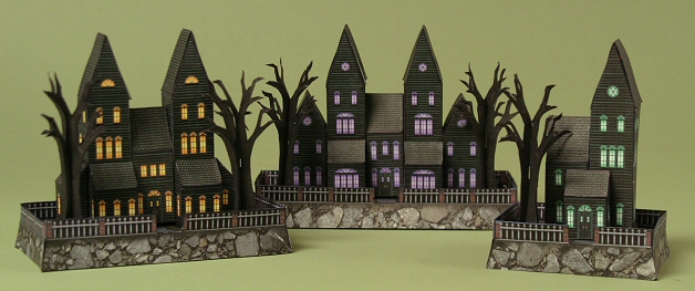 MINI HAUNTED HOUSES